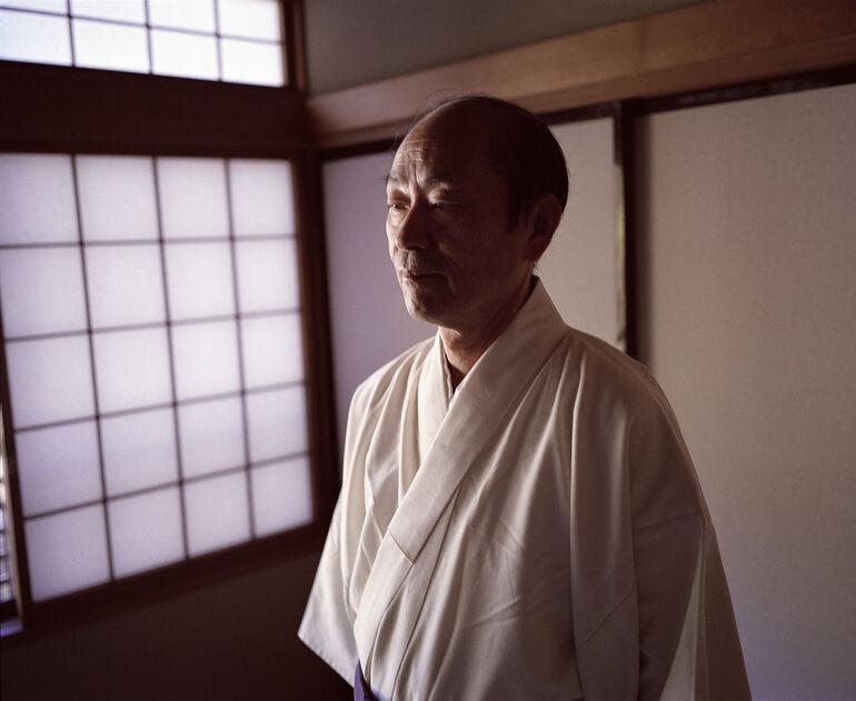 Priester Hiroshi Tada, Greenpeace Foto und © Knoth, de Jong